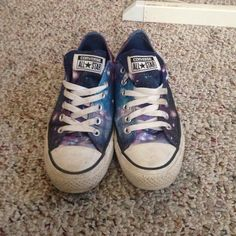 galaxy converse Galaxy converse size 5 in men's, 7 in women's Converse Shoes