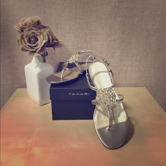 FLASH SALE THIS WEEKEND ONLY, Tahari Sandals Beautiful TAHARI Sandals, metallic nude/gold color Tahari Shoes Sandals