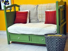 DIY::Inexpensive Reading Corner- Sofa With Storage Space From Upcycled Crib !