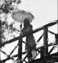 Black and White Photography of Women: How Take Beautiful Pictures – Black and White Photography Rain Photography, Reflection Photography, Monochrome Photography, Creative Photography, Black And White Photography, Street Photography, Portrait Photography, I Love Rain, Umbrella Art