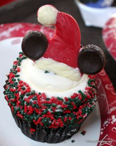 One of many cupcakes on the 2012 DFB Holiday Cupcake Crawl!