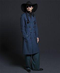Long Trench Coat, Raincoat, How To Wear, Jackets, Fashion, Rain Jacket, Down Jackets, Moda, Fashion Styles
