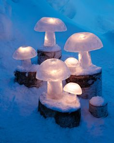 Even in the dead of winter, the lights of Christmas shine brightly. These ice creations -- aglow with battery-powered tea lights -- evoke the magic of a winter wonderland.