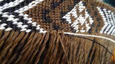 maori weaving with ile ilgili görsel sonucu Flax Weaving, Maori Designs, Maori Art, Weaving Patterns, Wedding Flowers, Tapestry, Traditional, Embroidery, Crochet