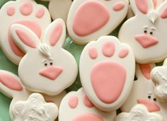 Sugarbelle does it again!  Love these Bunny Track Cookies, along with bunny faces and tails.