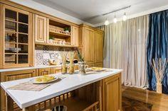 Delta Studio - formmat Colectia Marquise Kitchen Island, Studio, Home Decor, Island Kitchen, Decoration Home, Room Decor, Study, Interior Decorating