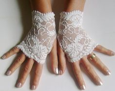 Ivory Wedding Gloves Ivory Lace Gloves Ivory by HenrietteRenee