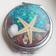 Starfish, compact mirror, seashells, https://www.etsy.com/listing/218999318/under-the-sea-metal-round-compact-mirror