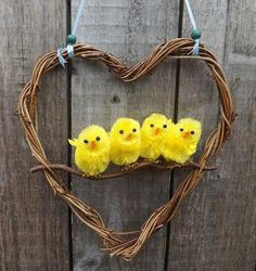 Easter Wreath, Easter Chicks, Spring Wreath, Heart Wreath: