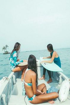 Life is colorful, and your surf wear should match. A dream-like combination of form and function, this season's Surf Capsule Collection is a vibrant palette . Summer Beach, Summer Vibes, Beach Bum, Sup Stand Up Paddle, Surf Trip, Billabong Women, Surf Style, Surfs, Surf Girls