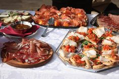 Italian wedding food!! There's no better place or food for a wedding, than the Italian countryside in Castiglione del Lago! :)