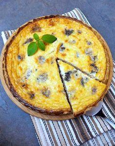 Quiche de gorgonzola com castanhas e base de aveia (sem glúten)