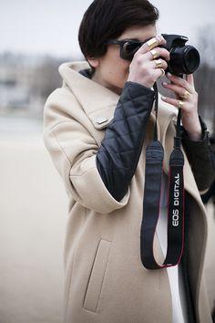 Fotos de street style en Paris Fashion Week: anillos de Nicolas Ghesquière para Balenciaga