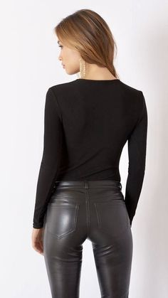 Lace leotard – # to … – # to - Leotards Leggings Mode, Shiny Leggings, Leggings Are Not Pants, Printed Leggings, Black Leggings, Legging Outfits, Leggings Fashion, Leather Pants Outfit, Leather Trousers