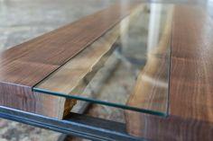 36 Ideas for raw wood table diy etsy Glass Wood Coffee Table, Coffe Table, Glass Table, Coffee Mugs, Table En Bois Diy, Diy Dining Table, Diy Esstisch, Esstisch Design, Live Edge Tisch