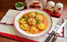 Perișoare de pui și tortelloni în sos de legume Ricotta, Thai Red Curry, Carne, Pizza, Chicken, Ethnic Recipes, Food, Essen, Meals