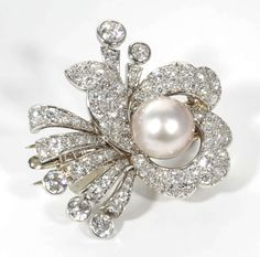 Pearl Diamond Platinum Hair Piece or Brooch Antique Brooches, Antique Jewelry, Vintage Jewelry, Diamond Brooch, Pearl Diamond, Platinum Hair, Modern Jewelry, Diamond Engagement Rings, Jewelery