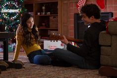 New Years Song, Abc Family, Disney Plus, Series Movies, Tv Series, Best Shows Ever, News Songs, Season 2, Cute Couples