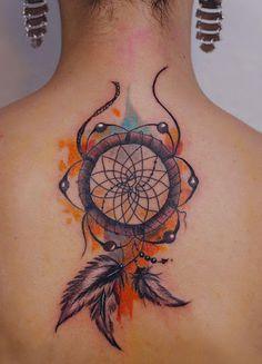 Puffy penas e toques de cor #tattoo #tattoos #tattooed #inked #tats #ink #tatoo #tat #tattooart #tattooartwork #tattoodesign #tattooartist