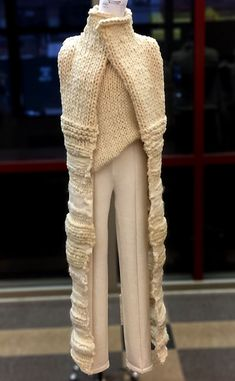 Kelsey Fries, Look 1-knitGrandeur®: FIT Future of Fashion Judging Day 2016 - Knitwear Part One