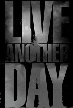 24 Live Another Day it's the last episode I'm freaking out because Audrey is dead, President Heller just collapsed, and Chloe is missing!!