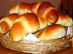 Smak rogali z dziecinstwa - puszyste, mieciutkie i takie maslane! Bagel, Hamburger, Rolls, Food And Drink, Bread, Baking, Dinner, Buns, Cross Stitch