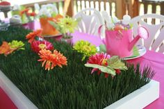 30 Surprise Party Table Decorations | Table Decorating Ideas