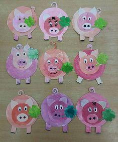 15 Baby Animal Days / Farm Crafts for Kids Pig Crafts, Farm Crafts, Animal Crafts, Diy And Crafts, Crafts For Kids, Kindergarten Art Projects, Little Pigs, Elementary Art, Preschool Crafts