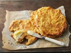 Napostele porkkanarieskoja välipalaksi voin tai raejuuston kanssa. Quick Recipes, Easy Healthy Recipes, Baking Recipes, Bread Recipes, Easy Meals, Baking Ideas, Healthy Food, Finnish Recipes, Savory Pastry
