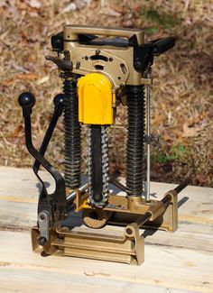 Great for homeowners, yet productive enough for professionals. The Makita Chain Mortiser is ideal for timber framing and log home building and great for any woodworker needing to cut mortises in timbers or logs. http://timberframehq.com/makita-chain-mortiser/?utm_content=buffer751ee&utm_medium=social&utm_source=pinterest.com&utm_campaign=buffer