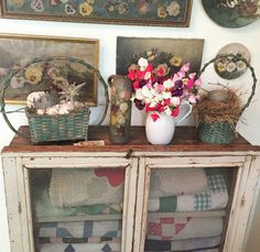 Vintage Ticking (on Instagram) Quilt Display, Vignettes, Entryway Tables, Old Things, Shabby Chic, Romantic, Quilts, Antiques, Instagram Posts