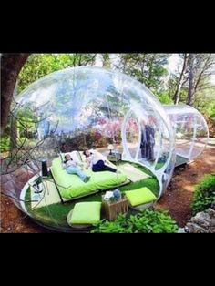 Yo tengo mi propia burbuja privada , literalmente .
