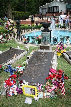 "Photo: Elvis Presley's gravestone at Graceland in Memphis, Tennessee. Credit: Daniel Schwen; Wikimedia Commons. Read more on the GenealogyBank blog: ""The 'King' Is Gone: Elvis Presley Dies at Age 42."" https://blog.genealogybank.com/the-king-is-gone-elvis-presley-dies-at-age-42.html"