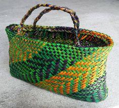 Weaving – Kura Gallery: Maori and New Zealand Art + Design. Flax Weaving, Bamboo Weaving, Weaving Art, Weaving Patterns, Quilt Block Patterns, Basket Weaving, Hand Weaving, Flax Flowers, Hawaiian Crafts