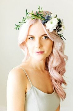 I tried my best to resist, but dangit I can't help it. I really love this blush pink hair.