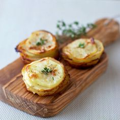 Muffin-Pan Potatoes that you can serve individually for any meal. Delicious yet simple and quick to put together.