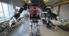 A South Korean robotics company just built a real Gundam 😱 https://www.engadget.com/2016/12/27/a-south-korean-robotics-company-just-built-a-real-gundam/?sr_source=Twitter 📷 Engadget #THISHappened #Tech #BIZBoost