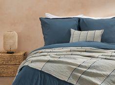 Designer Bettwaren & Badtextilien | MADE.com Designer, Comforters, Inspiration, Blanket, Modern, Home, Living Room Decor, Product Design, Textiles