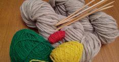 Här kommer en liten beskrivning med bilder hur jag gör mina Lovikkavantar.  Det är ingen utförlig instruktion utan mer en inblick i de oli... Mittens Pattern, Knitted Hats, Winter Hats, Knitting, Tips, Pictures, Tricot, Breien, Stricken