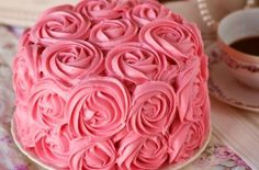A rose cake for Valentine's day, a girl's birthday party, a wedding shower..how fun!