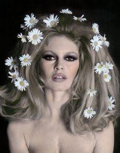Flowers in her hair - a la Brigitte Bardot