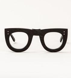 The Ostander 😍 Funky Glasses, Nice Glasses, Mens Glasses, Glasses Frames, General Eyewear, Fashion Eye Glasses, Aviator Glasses, Four Eyes, Eyeglasses