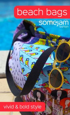 We make eye-catching colourful beach bags decorated with paintings of artists. Discover our bold and striking beach bag collection. Women's beachwear with garish and unique design - Flip-flops, Reversible Bikinis, One-Pieces Swimsuits, Beach Bags - WRAP YOURSELF INTO ARTWORK - #summerclothes #beachbag #bold #vivid #colourful #striking #unique #happy #eye-catching #garish #artwork #fashion #somejam #beach #summer #beachwear #swimwear
