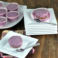 Vegan Blueberry Cheesecake Cupcakes and Hangin' out with Tasty Eats at Home Blueberry Cheesecake Cupcakes, Cheescake Recipe, Vegan Cheesecake, Gluten Free Deserts, Gluten Free Treats, Vegan Desserts, Lemon Recipes, Sweet Recipes, Snack Recipes