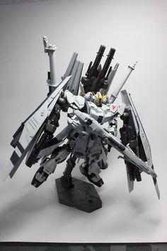 1/144 HGUC Nu Gundam HWS Custom
