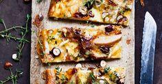 Käse-Birnen-Tarte mit Nüssen und Thymian ist ein Rezept mit frischen Zutaten aus der Kategorie Tarte. Probieren Sie dieses und weitere Rezepte von EAT SMARTER!