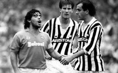 Napoli - Juventus: storia della partita più infuocata d'Italia Giusto per ingannare l'attesa e alimentare lo voglia di Napoli - Juventus. Ecco da dove parte la rivalità tra le due società. Scommetto che pochi di voi sanno come, dove, quando e grazie a chi ini #napoli #juventus #serieatim