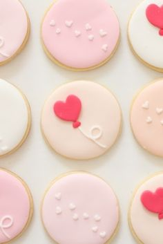 cute circle pastel #Valentine's Cookies from hello naomi