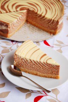 http://www.recette-gateau.eu/cheesecake-zebre/ http://www.750g.com/recettes_gateau_zebre.htm #gateauzebre #750g #750grammes #chocolate