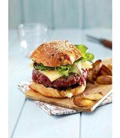 Burger au Comté, pour faire passer aux plus jeunes l'amère pillule de la reprise...
